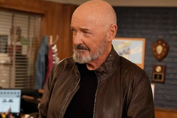 Terry O'Quinn in Emergence.
