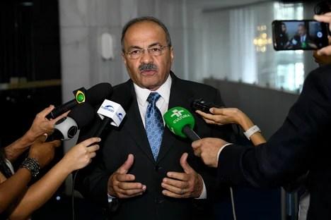 PF indicts senator of money in the buttocks