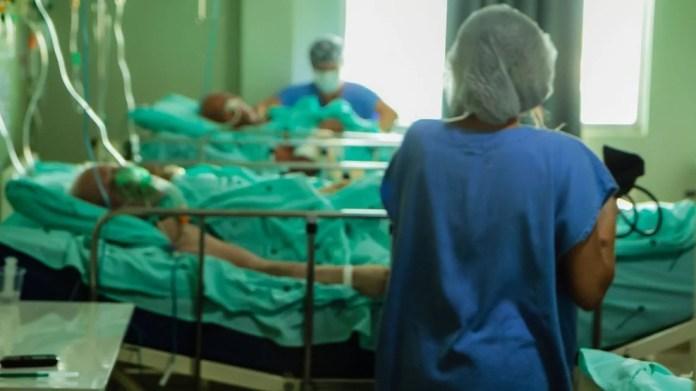 Hospital-uti-leitos-coronavirus-Daiane-M