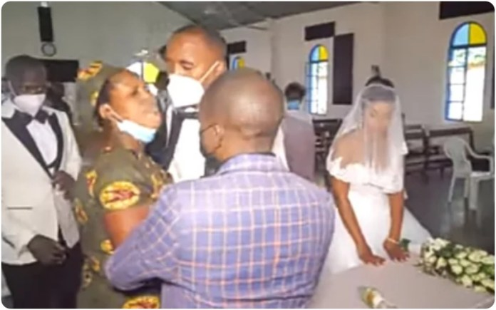 Woman With 5 Children Scatters Husband Wedding