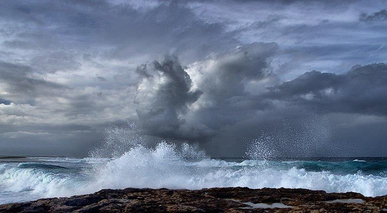 【靈修小品♥傳遞生命♥學英文】平靜風浪Calming The Storm《靈命日糧》中英文廣播 - 啟示路 - udn部落格