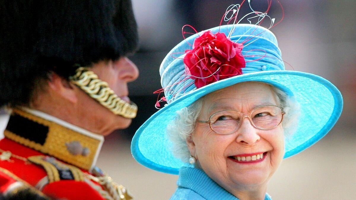 Queen Elizabeth II Sie denkt ber ihren Rcktritt nach