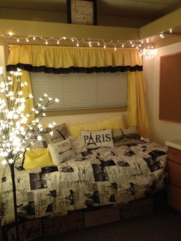 If you buy from a link, we may earn a com. 66 Inspiring ideas for Christmas lights in the bedroom