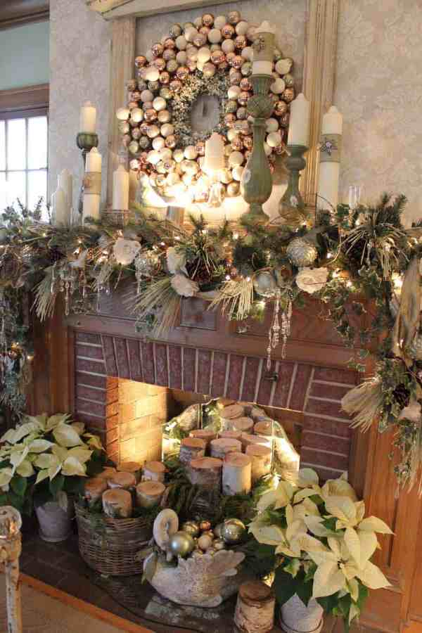 beautiful christmas mantel decorations - Country Christmas Mantel Decorating Ideas