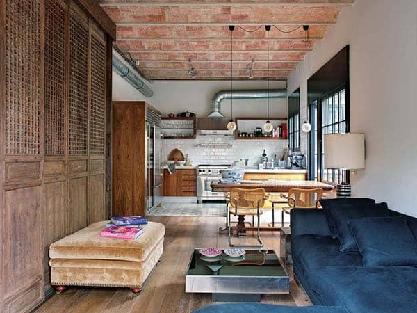 An Urban Loft Respecting Its Unique History In Barcelona
