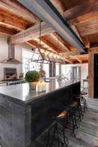 Luxury Canadian home reveals splendid rustic