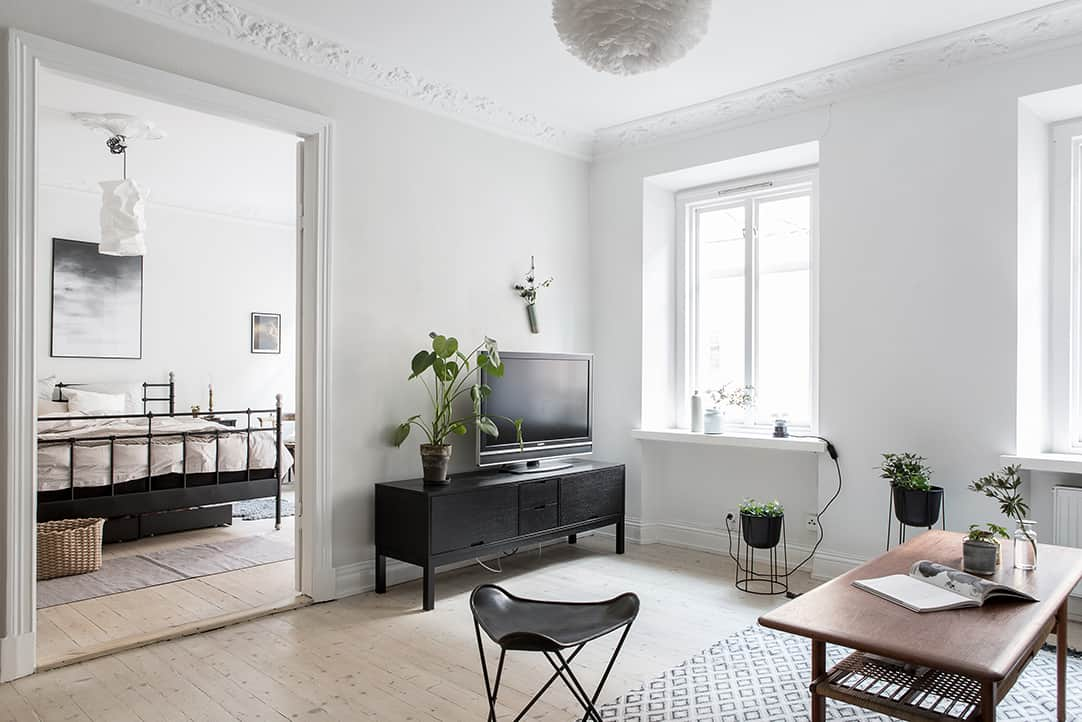 Small yet ultra charming one bedroom apartment in Linnestaden