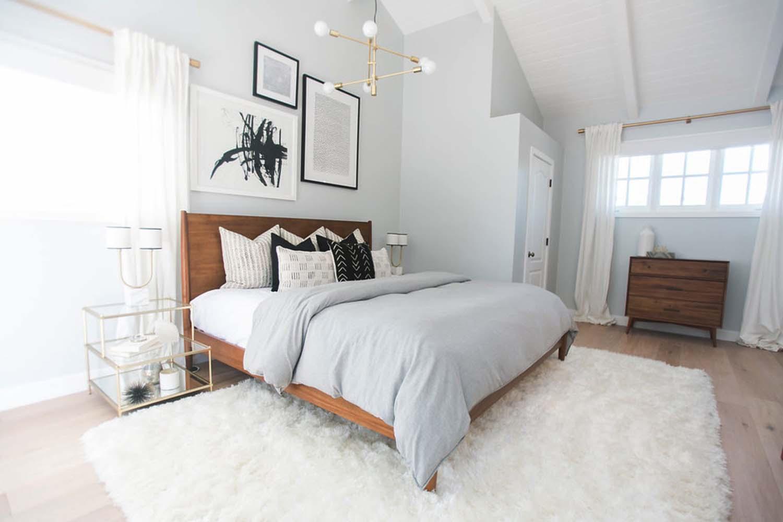 Mid Century Modern House In Newport Beach Gets Stylish