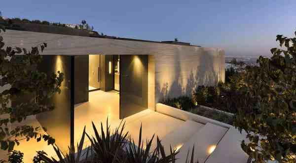 Sleek And Sexy Modern Hillside Home Above Sunset Plaza La