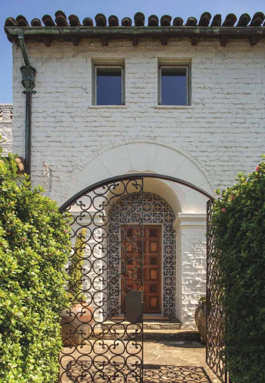 Spanish Mission Style House : spanish, mission, style, house, Gorgeous, Spanish, Colonial, Style, Renovation, Francisco