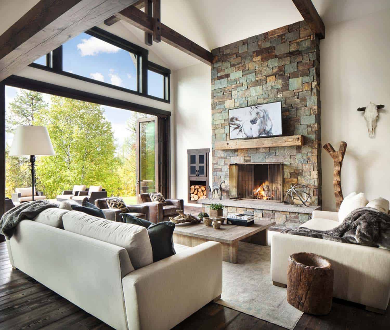 Rusticmodern dwelling nestled in the northern Rocky Mountains