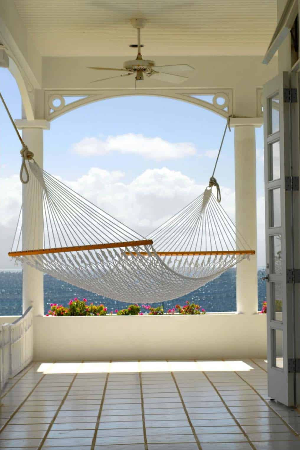 key west hammock chairs chair covers rental nj 31 heavenly outdoor ideas making the most of summer