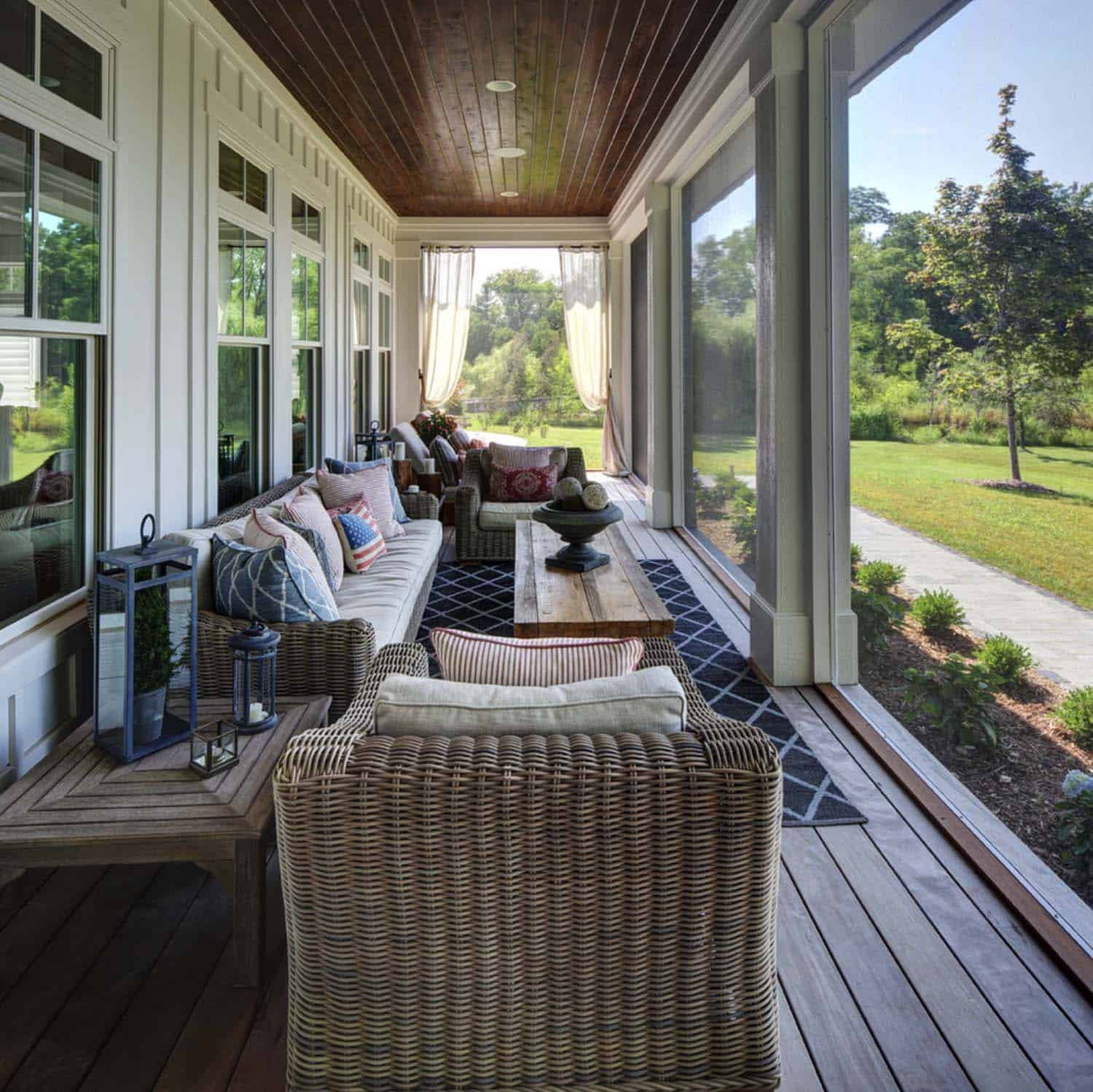 screen porch lounge chairs walmart mickey mouse table and 38 amazingly cozy relaxing screened design ideas