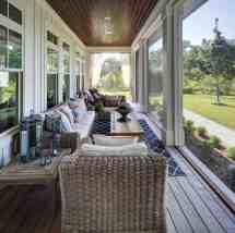 Amazingly Cozy And Relaxing Screened Porch Design Ideas