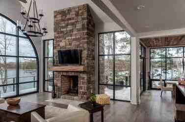 lake modern decorating cabin houses rustic plans interior designs interiors alabama architecture well its into onekindesign mansion country surroundings blends