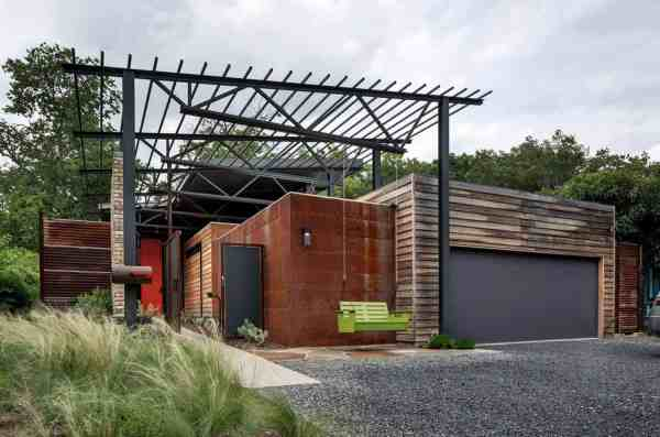 Modern Industrial House Design Exterior