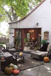 fall-inspired outdoor living