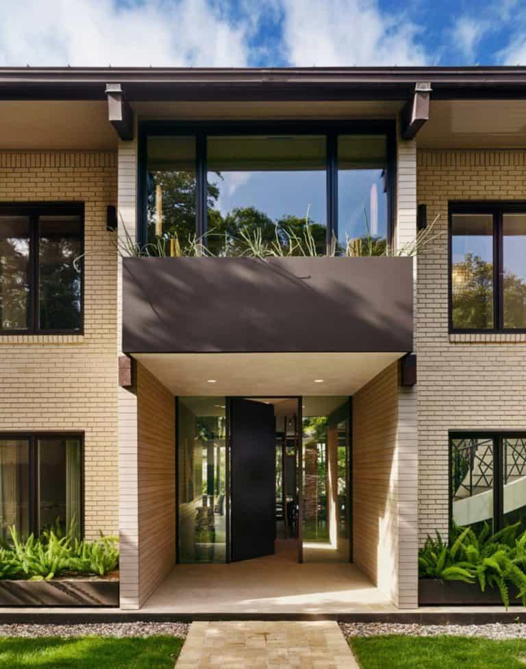 Mid century modern renovation creates inspired living in Austin