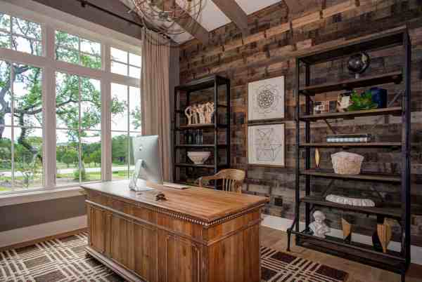 Timeless Modern Farmhouse With Elegant-chic Interiors In