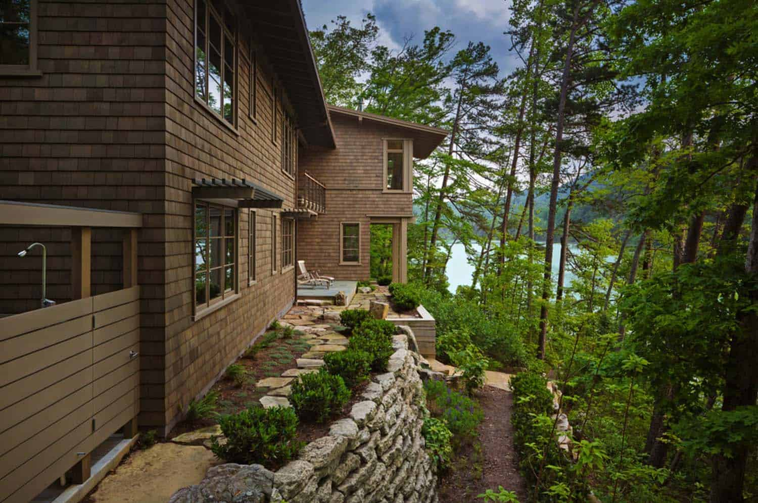 swivel chair vancouver executive chairman vs ceo mountain modern lake house nested in the great smoky mountains