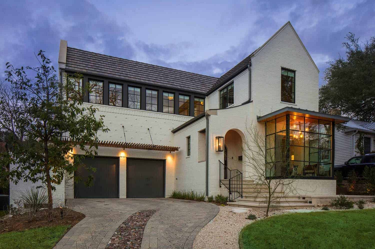 Texas dream home offers striking blend of modern and traditional design