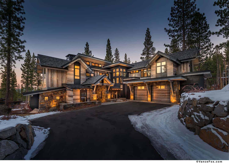 Brilliantly designed mountain modern cabin in California's High Sierra