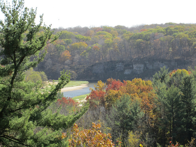 Maquoketa Caves State Park One Of Iowa S Best Hikes Dnr