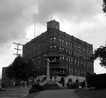Haunted Hotel Marietta Ohio