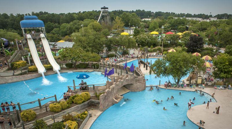 8 North Carolina Water Parks