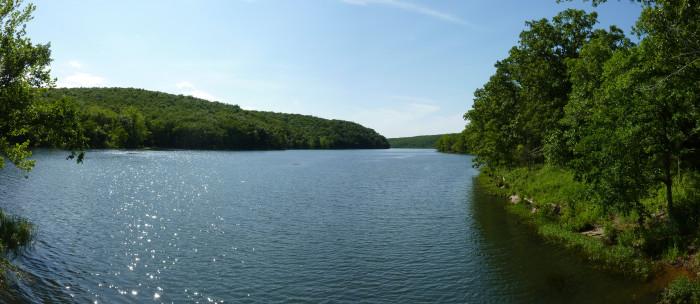 10 Gorgeous Lakes in Oklahoma