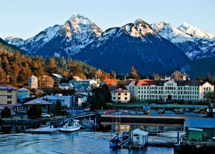 Here Are The Best Places To Live In Alaska And Why