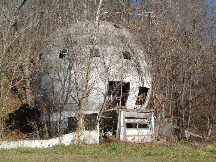 8 More Abandoned Places In Ohio That Nature Is Reclaiming