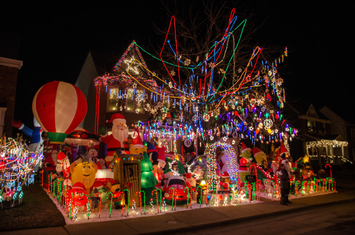 13 Houses In Virginia With Incredible Christmas Lights