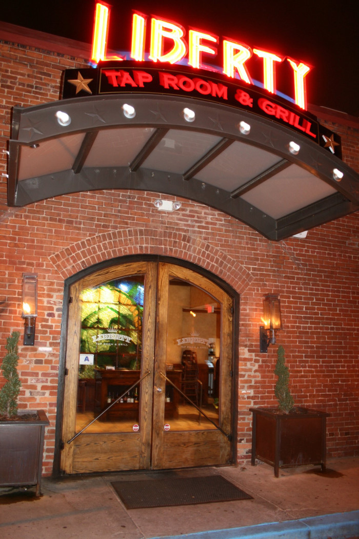 10 Restaurants For The Best South Carolina SheCrab Soup