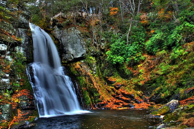 Vermont Fall Foliage Wallpaper Visit Raymondskill Falls In Pennsylvania