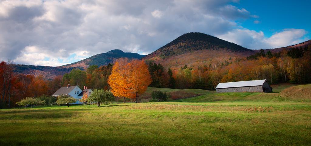 Beautiful Fall Scenes Wallpaper 11 Charming Farms In New Hampshire