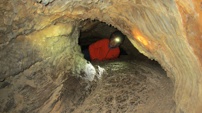 7 Amazing Caves In Northern California