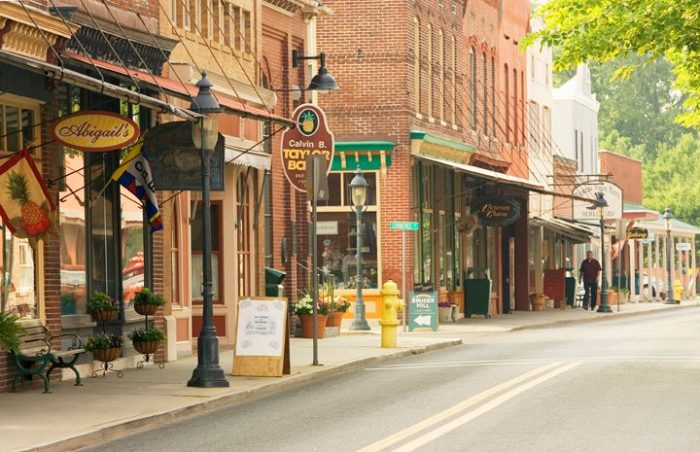 15 Towns In Maryland For Amazing Antiques