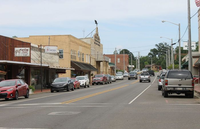 15 Slow-Paced Small Towns In Louisiana Where Life Is Still ...