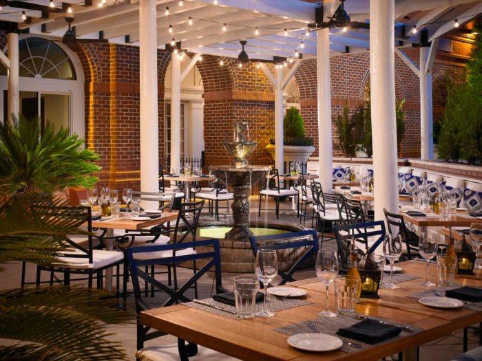 12 Best Restaurants In Alabama For Outdoor Dining