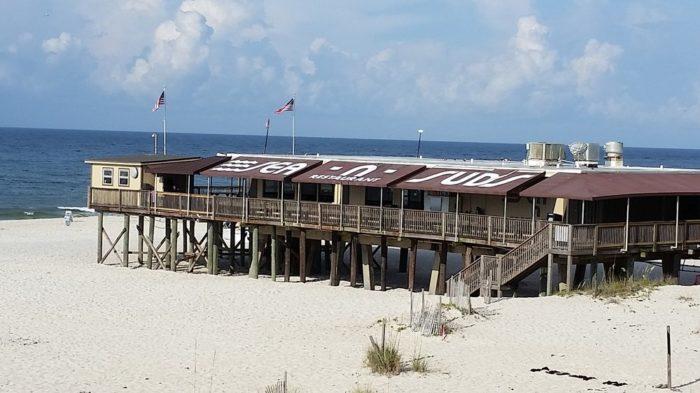 8 Best Beachfront Restaurants In Alabama