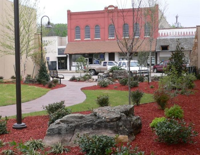 10 Best Small Towns In Oklahoma Where You Can Go To Get