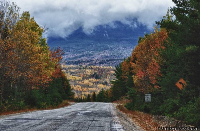 9 Beautiful Maine Roads To Drive In The Fall For Foliage Views