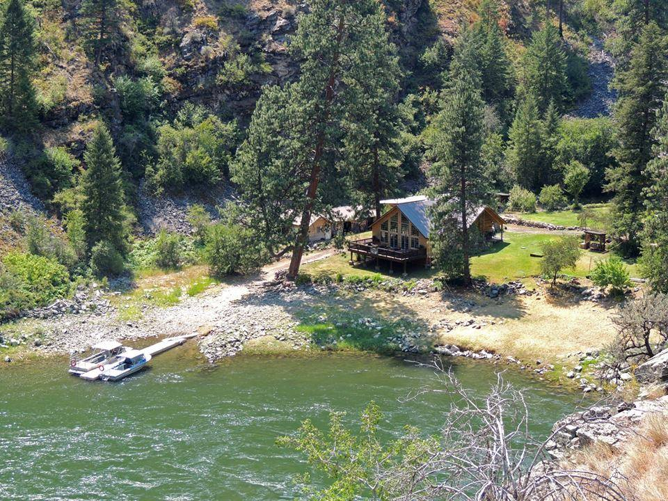 This Hidden Idaho Resort Is The Perfect Remote Getaway