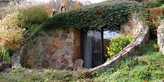 Hobbit Holes In Ohio At The Inn At Honey Run Honeycomb Suites
