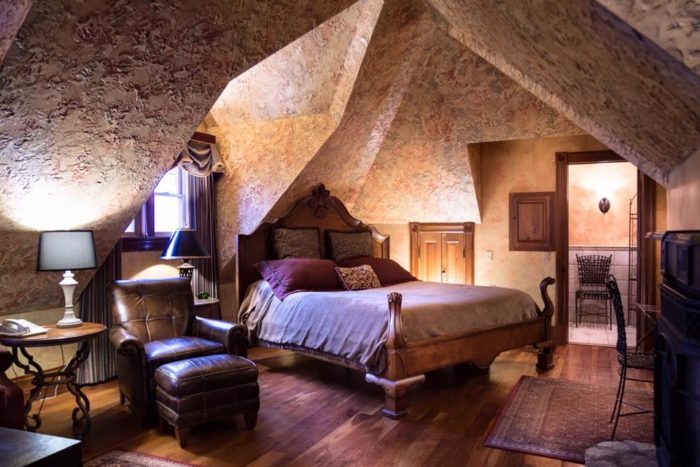 The Most Magical Getaway In Ohio Landolls Mohican Castle