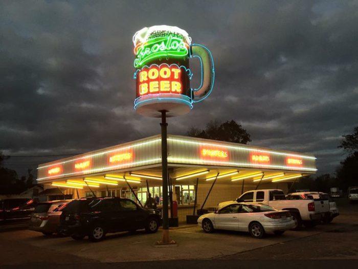 10 Retro Restaurants in Louisiana