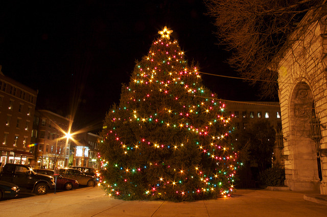 The 10 Best New Hampshire Christmas Towns in 2016