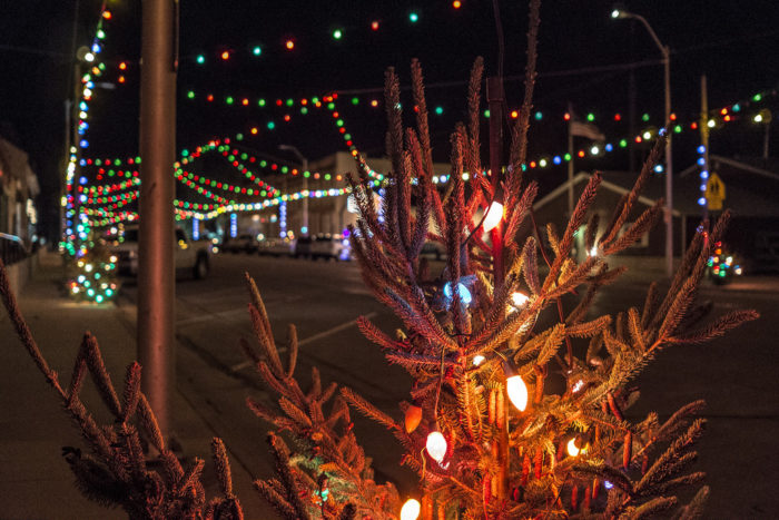 11 Christmas Light Displays In Iowa That Are Pure Magic
