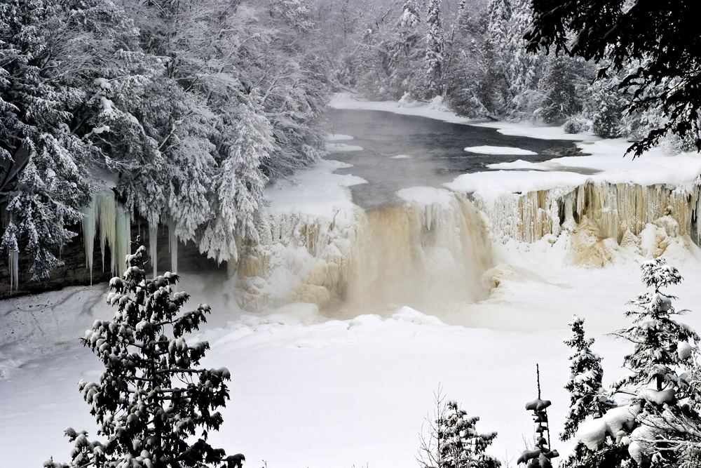 Portland Or Fall Had Wallpaper 8 Waterfalls In Michigan That Are Beautiful When Frozen In